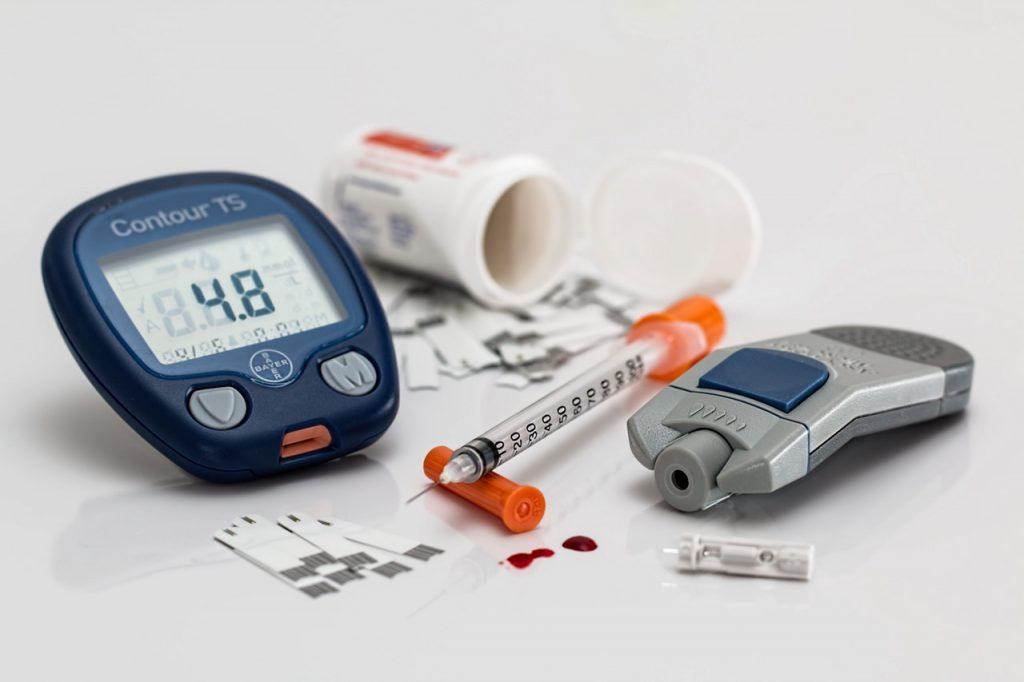 diabetic blood sugar testing supplies